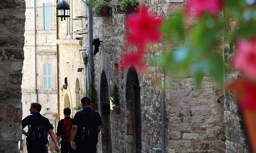 assisi-streets-1